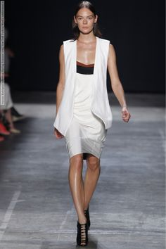 Narciso Rodriguez collection (Spring-Summer 2013, New York Fashion Week) (33 HQ pictures)