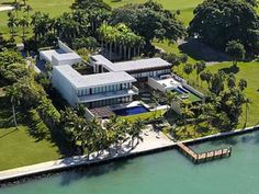 HOUSE OF THE DAY: At $47,000,000, This Mansion Just Became The Most Expensive Home Ever Sold In Miami
