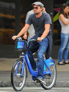 The hottest way to get around the Big Apple these days is on a Citi Bike, and Leonardo DiCaprio gets in on the craze by taking one of the blue two-wheelers for an afternoon spin through SoHo.  http://www.people.com/people/gallery/0,,20714118,00.html#21355281