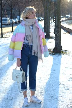 pastel coloured puffer jacket, winter look, striped shirt, mom jeans denim, white bvlgari bulgari bag, white nike air max, white acne canada scarf - outfit, streetstyle, blogger, berlin