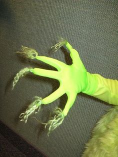 grinch gloves. instead off crocheting some... just sew some green fluff onto gloves!! GENIUS!! @Breanna Newbill Rowley