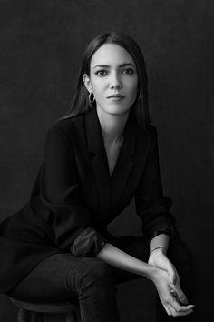 Studio Portrait Photography, Portrait Studio, Photography Poses Women, Headshot Photography, Professional Portrait Photography, Woman Photography, Inspiring Photography, Stunning Photography, Flash Photography