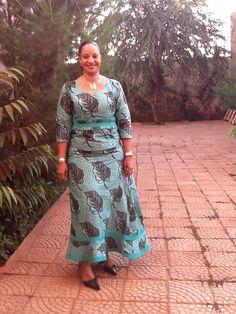 Lookpicker look1043 African Wear Dresses, African Fashion Ankara, African Inspired Fashion, African Print Fashion, African Attire, Ankara Styles For Women, Ankara Dress Styles, Shweshwe Dresses, African Women