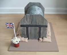 Model of a WWII Air Raid Shelter. My daughter made this model of a WWII Air Raid Shelter for a School Project. School Projects, Art Projects, Projects To Try, Anderson Shelter, Childrens Christmas Crafts, Model School, School Displays, History For Kids, Air Raid