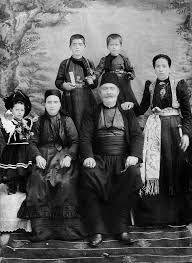 One can only imagine the effort that went into staging this fantastic portrait of the Inamitsu family in August of 1878 (Meiji The kanji script states that image was taken at the gate o. Greek History, Family Portraits, Greece, Japanese, Costumes, Movie Posters, Painting, Vintage, Traditional