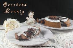 Crostata Bounty #senzaglutine #vegan e #sugarfree: una frolla al cacao con farine naturali, una crema pasticcera al cocco e una copertura golosa al cioccolato http://senzaebuono.altervista.org/crostata-cocco-e-cioccolato-vegan-senza-glutine/