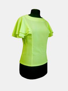 free pattern- love those feminine sleeves