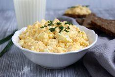 Ihr Lieben ❤️ Ein Eiersalat ist ein alter Klassiker. . .Zur Brotzeit passt er sehr gut. Ein leckeres frisch gebackenes Brot ruft geradezu danach, ihn auf die Schnelle selber zu machen. Hier haben w…