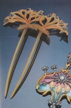 Gailliard-Art Nouveau gem-set hair comb