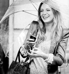Blake Lively smile in the rain