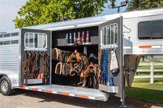 Two Horses, Cute Horses, Horses For Sale, Small Horse Barns, Horse Trailers For Sale, Trailer Diy, Barrel Racing Horses, Rodeo Life, Dream Barn