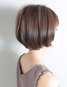 大人かわいいショートボブ(SG-347) | ヘアカタログ・髪型・ヘアスタイル|AFLOAT(アフロート)表参道・銀座・名古屋の美容室・美容院 Brunette Bob, Asian Short Hair, Bob Haircut With Bangs, Hair Arrange, Japanese Hairstyle, Hair Color And Cut, Hairstyles Haircuts, Hair Hacks, Short Hair Styles