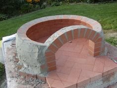 Building my Wood Fired Oven – Construction Walk-through pt2…Oven floor, dome & chimney vent.