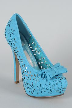 Cabel Bow Perforated Floral Pump