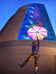 Matthew Placzek sculptures outside the Specialty Pediatric Centre Children's Hospital in Omaha, #Nebraska, #USA