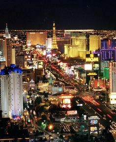 Las Vegas strip. When I go to for graduation Im going to take a strip picture like this. When i go to vegas Im going to take so many pictures!!