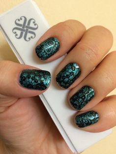 Jaded and Lace Noir Jamberry Nail Wraps! Check them out at MarySeto.JamberryNails.net!