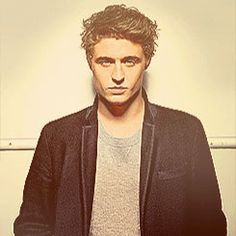 max irons, you adorale boy you Max Irons, Hey Good Lookin, Love Film, Her Brother, Save Her, Hot Guys, Beautiful People, Eye Candy, Hollywood