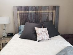 Items similar to Reclaimed Pallet Wood Headboard on Etsy Wooden Pallet Furniture, Wooden Pallets, Bookshelf Room Divider, Wood Headboard, Headboards, Diy Tv Stand, Diy Pallet Projects, Barn Wood, Bed Pillows
