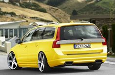 Yellow volvo v70 r style!
