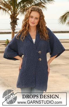 """DROPS jacket with collar and wide front bands in 2 threads in """"Alpaca"""". Size S - XXXL. ~ DROPS Design"""