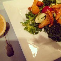 Mine matskriblerier: Sprø grønnkålsalat med lime og litt chili