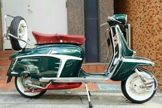 Scooter Bike, Lambretta Scooter, Vespa Scooters, Vespa Ape, Side Car, Motor Scooters, Futuristic Cars, Electric Bicycle, Super Bikes