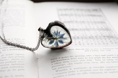 Прозрачные кулончики в авторской оправе Magda Lena