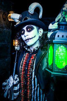 D13 (Domme) Leetspeak monsters Visual Kei, Monsters, Joker, Japanese, Costumes, Rock, Cosplay Ideas, Halloween Ideas, Fictional Characters