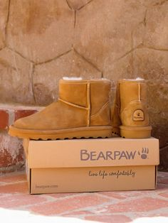 Women's BEARPAW Alyssa boot for Fall in our best selling Hickory color