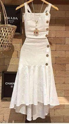 Indian Fashion, Boho Fashion, Fashion Dresses, Retro Fashion, Fashion Mask, Classy Fashion, Grunge Fashion, Fashion Details, Fashion Pants