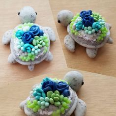 Cute succulent pots polymer clay Ideas for 2019 Polymer Clay Turtle, Polymer Clay Kawaii, Polymer Clay Animals, Polymer Clay Charms, Polymer Clay Projects, Polymer Clay Creations, Diy Clay, Clay Crafts, Biscuit
