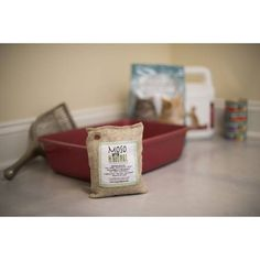 Stinky kitchen or pet smells? Moso Bags last up to 2 years and are made from 100% #bamboo charcoal. They absorb moisture and odors. #PeaceoftheEarth has 4 different sizes to accommodate any size room or smelly challenge.