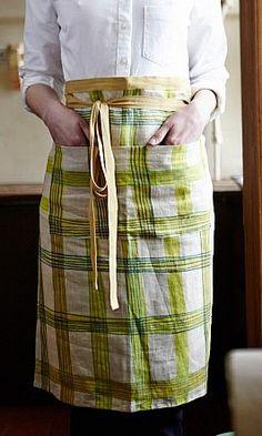 Notre tablier CROSS en vente sur www. plumo.com!! // Our CROSS apron sold on www.plumo.com!!
