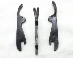 Hare Bottle Opener hand forged steel bottle opener by Taitaya Metal Projects, Welding Projects, Metal Crafts, Welding Art, Diy Forge, Horseshoe Crafts, Horseshoe Art, Blacksmithing Knives, Blacksmith Projects