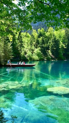 Blue lake, Switzerland 💧✨🇨🇭 Beautiful Places To Travel, Cool Places To Visit, Places To Go, Best Of Switzerland, Bmw Wallpapers, Beautiful Nature Scenes, Everything Is Awesome, Summer Photography, Europe Destinations