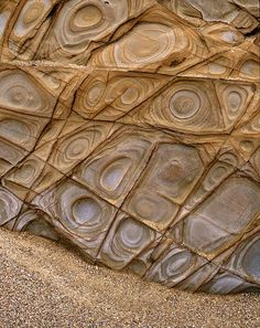 Fracture Control Liesegang Rings, Widemouth, Cornwall by Richard Childs Photography Rocks And Gems, Rocks And Minerals, Crystals Minerals, Natural Forms, Natural Wonders, Patterns In Nature, Textures Patterns, Foto Nature, Formations Rocheuses