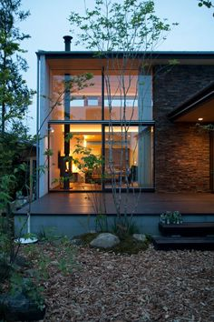 House in Anjo | 連合設計社市谷建築事務所 Indoor Zen Garden, Japanese Modern House, House Of The Rising Sun, Architect Design, Log Homes, Country Style, Home Deco, Interior Architecture, Ideal Home