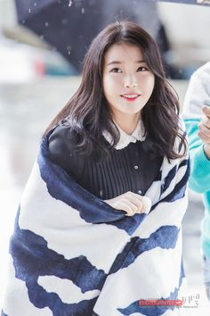 Find images and videos about kpop, iu and lee jieun on We Heart It - the app to get lost in what you love. Korean Girl, Asian Girl, Asian Woman, Iu Fashion, Korean Fashion, Korean Beauty, Asian Beauty, Korean Celebrities, Celebs