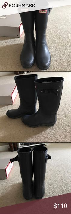 Size 10 tall Hunter Rain Boot matte black hunter rain boots in size 10. Only selling bc they are slightly large for me. Only worn about 3 times and in really good condition! Hunter Boots Shoes Winter & Rain Boots