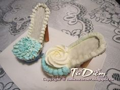 cupcake high heels | Một kiểu hoa đơn giản như đang giỡn hén