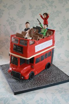 What a delight it was to make this open top London bus cake. I'm not a fan of making car cakes but this was awesome to make. Bus Cake, Car Cakes, Double Decker Bus, London Bus, 2nd Birthday, Cake Ideas, Transportation, Cute, Vehicle