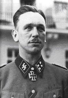 "✠ Kurt Meyer (23 December 1910 – 23 December 1961) RK 18.05.1941 SS-Sturmbannführer Kdr Aufkl.Abt ""LSSAH"" [195. EL] 23.02.1943 SS-Obersturmbannführer Kdr Aufkl.Abt ""LSSAH"" [91. Sw] 27.08.1944 SS-Standartenführer Kdr 12. SS-Pz.Div ""Hitlerjugend"""