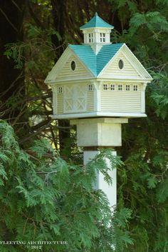 ~ Birdhouses ~ | shenandoah kepler garden photography blog gardenaginginplace.com