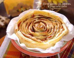 Torta salata con peperoni e prosciutto cotto