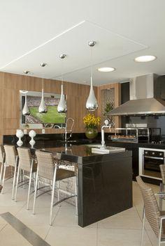 Área de churrasco moderna com decoração masculina linda! Confira todos os detalhes!