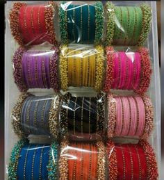 Indian Bridal Jewelry Sets, Indian Jewelry Earrings, Fancy Jewellery, Jewelry Design Earrings, Silk Bangles, Bridal Bangles, Bridal Gift Wrapping Ideas, Thread Bangles Design, Wedding Mehndi Designs