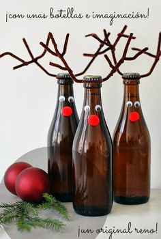 Botellas convertidas en renos