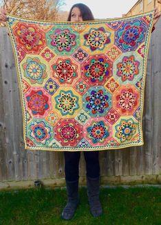 Make the Eastern Jewels Crochet Blanket with Julia Crochet Chart, Knit Crochet, Crochet Patterns, Crochet Ideas, Crochet Needles, Crochet Stitches, Motif Mandala Crochet, Make Blanket, Minerva Crafts