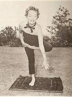 Gloria Swanson, 1959 Loved and Pinned by www.downdogboutique.com to our Yoga community boards